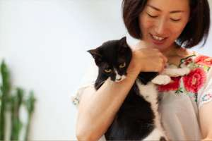 cafe海猫山猫の店主と猫